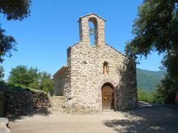 La randonnée de la Chapelle Santa Engracia se fait au départ de la place de la sardane à Amélie les Bains et dure environ 3h30 heures aller et retour. La distance à parcourir est de 8 km.